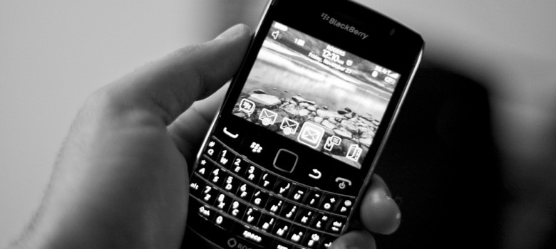 BlackBerry Bold 9700 by Roozbeh Rokni (CC BY-NC-ND 2.0) https://flic.kr/p/7i