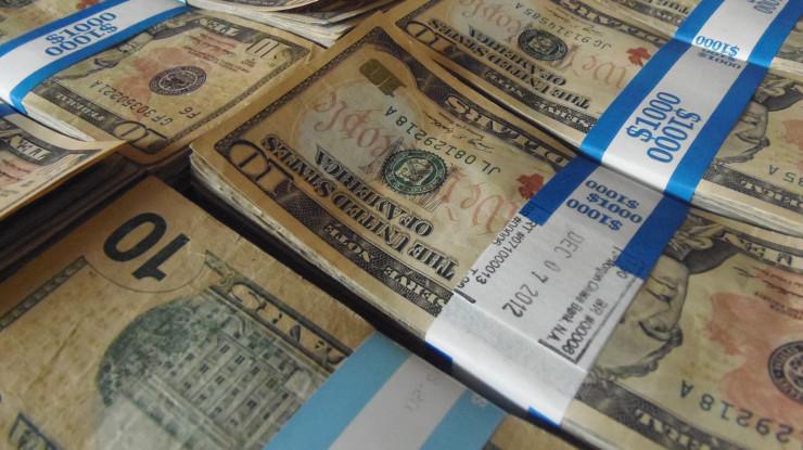 Money by Keith Cooper (CC BY 2.0) https://flic.kr/p/dK2oa7