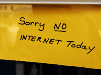 No Internet by Marcelo Graciolli (CC BY 2.0) https://flic.kr/p/5h48hK