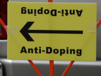 Anti Doping by Richard Masoner / Cyclelicious (CC BY-SA 2.0) https://flic.kr/p/5ZWsUT