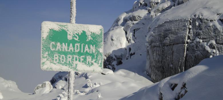 Klondike Highway border by James Brooks (CC BY 2.0) https://flic.kr/p/pW8DqP