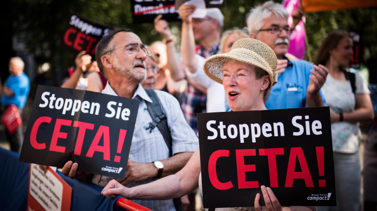 CETA_16-06-05_26 by Chris Grodotzki / Campact (CC BY-NC 2.0) https://flic.kr/p/HKo1eD