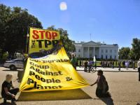StopTPP-WhiteHouse by Backbone Campaign (CC BY 2.0) https://flic.kr/p/Px9SYv
