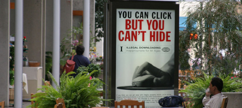 You Can Click But You Can't Hide by Thomas Hawk (CC BY-NC 2.0) https://flic.kr/p/25LtL