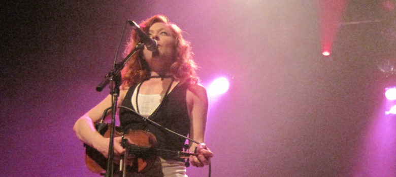 Miranda Mulholland for Great Lake Swimmers by Brenda Lee (CC BY 2.0) https://flic.kr/p/7zTo1U