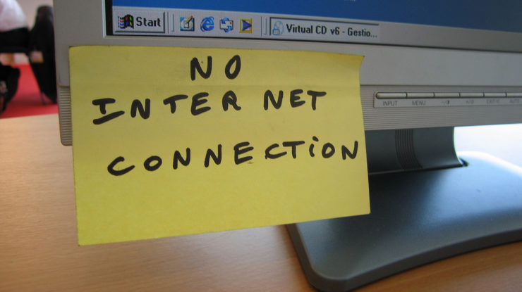 No Internet Connection by ben dalton (CC BY-SA 2.0) https://flic.kr/p/4xG9eW