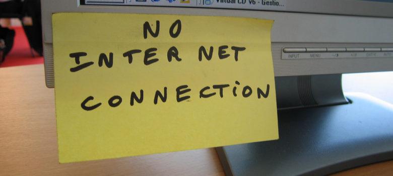 No Internet Connection by ben dalton (CC BY-SA 2.0) https://flic.kr/p/4xG9eW