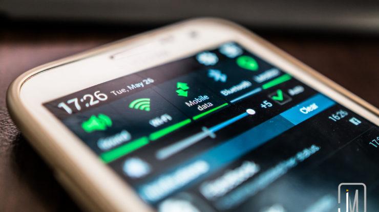 Mobile Data by Jim Makos (CC BY-ND 2.0) https://flic.kr/p/tk2TYC