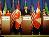 Foreign Minister Freeland, U.S. Trade Representative Lighthizer and Mexican Ministry of Economy Guajardo Participate in the Fourth Round of NAFTA Negotiations by US Department of State, US government work, https://flic.kr/p/Zyj1pK