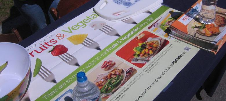 Healthy Food Guide by Annie Seikonia (CC BY-NC-ND 2.0) https://flic.kr/p/ekgg5n