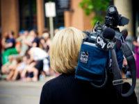 CityTV Videographer by Kurt Bauschardt (CC BY-SA 2.0) https://flic.kr/p/9Sy5Bd
