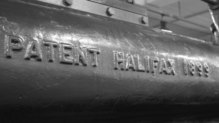Patent Halifax 1899 by Neil Turner (CC BY-SA 2.0) https://flic.kr/p/frWXRB